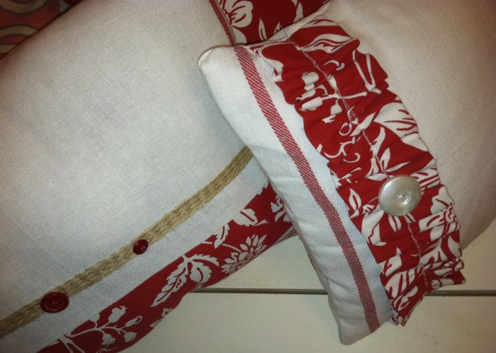 Tea Towel pillows detail