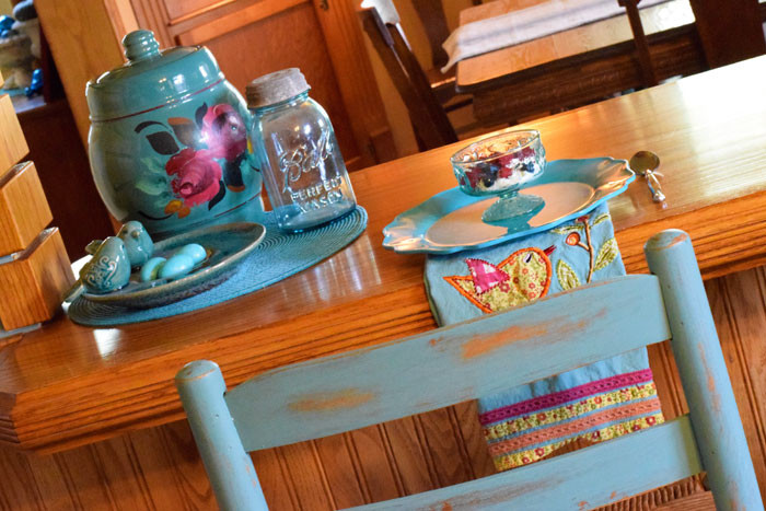 Prairie-Chick-Bar-Stools-place-setting