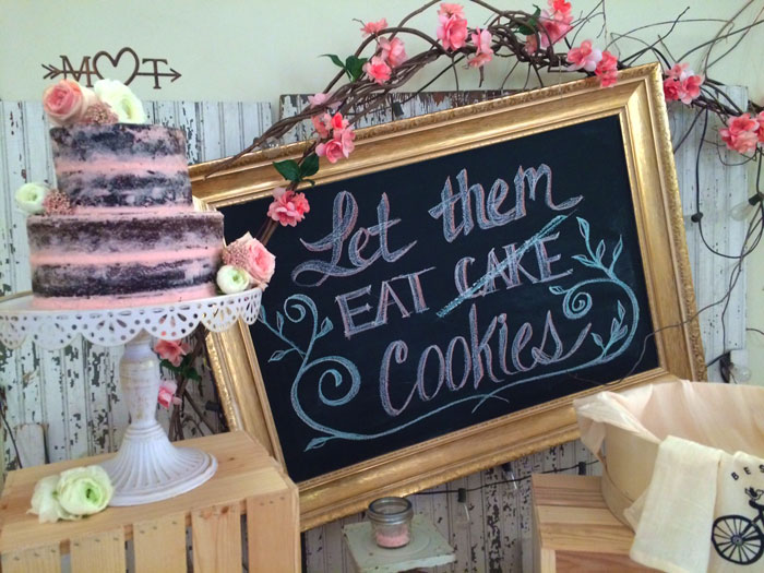The-Prairie-Chick-'Let-Them-Eat-Cookies'-Chalkboard